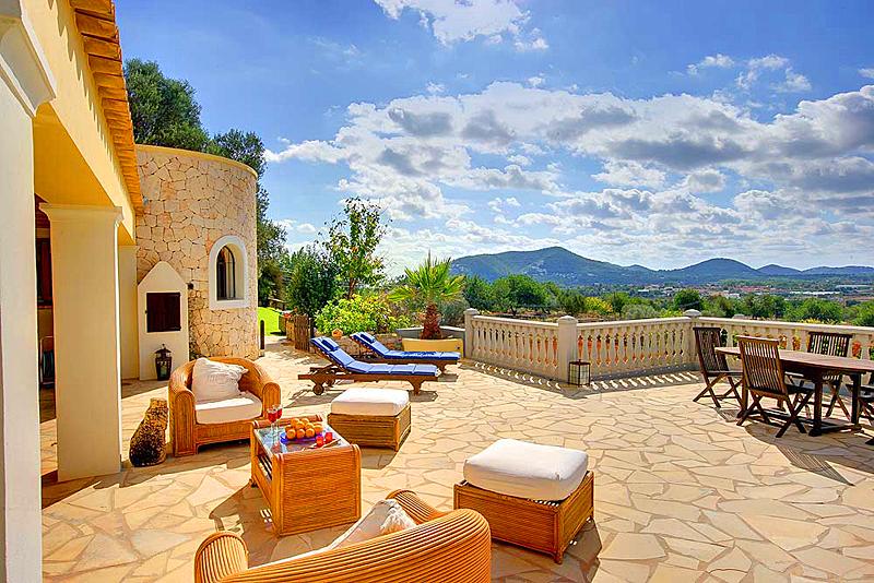om te mooi interieur maken van je vakantiehuis het is belangrijk om te kijken waar het huis ligt op het strand of op de natuur